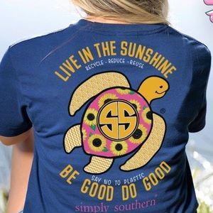 Simply Southern Live in the Sunshine Sunflower Tee